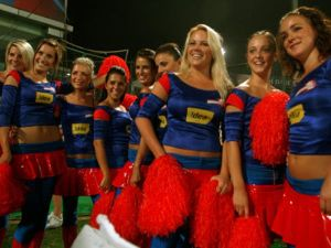 Hot Cheerleaders Photos - IPL Hot Cheerleaders Photos, IPL 2011 Sexy Cheerleaders Wallpapers, Delhi Daredevils  Cheerleaders